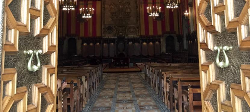Visita ao prédio da Prefeitura deBarcelona